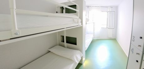 4-bed dorm - sagrada familia hostel barcelona