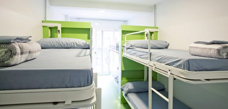8-bed dorm - sagrada familia hostel barcelona