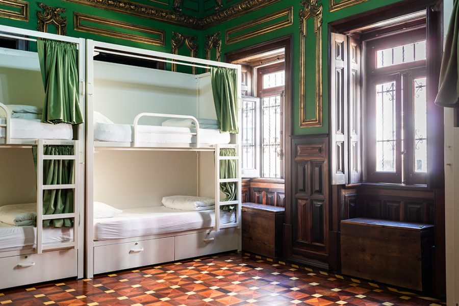 Sant Jordi Hostels Lisbon 8 Bed Female Dorm Ensuite