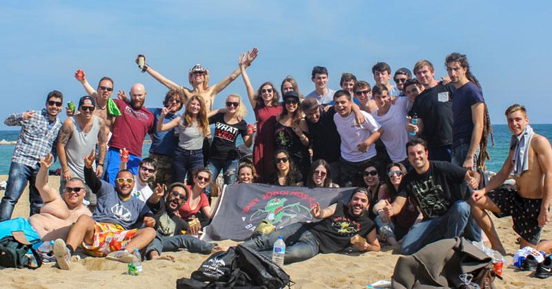 beach party sant jordi hostels barcelona