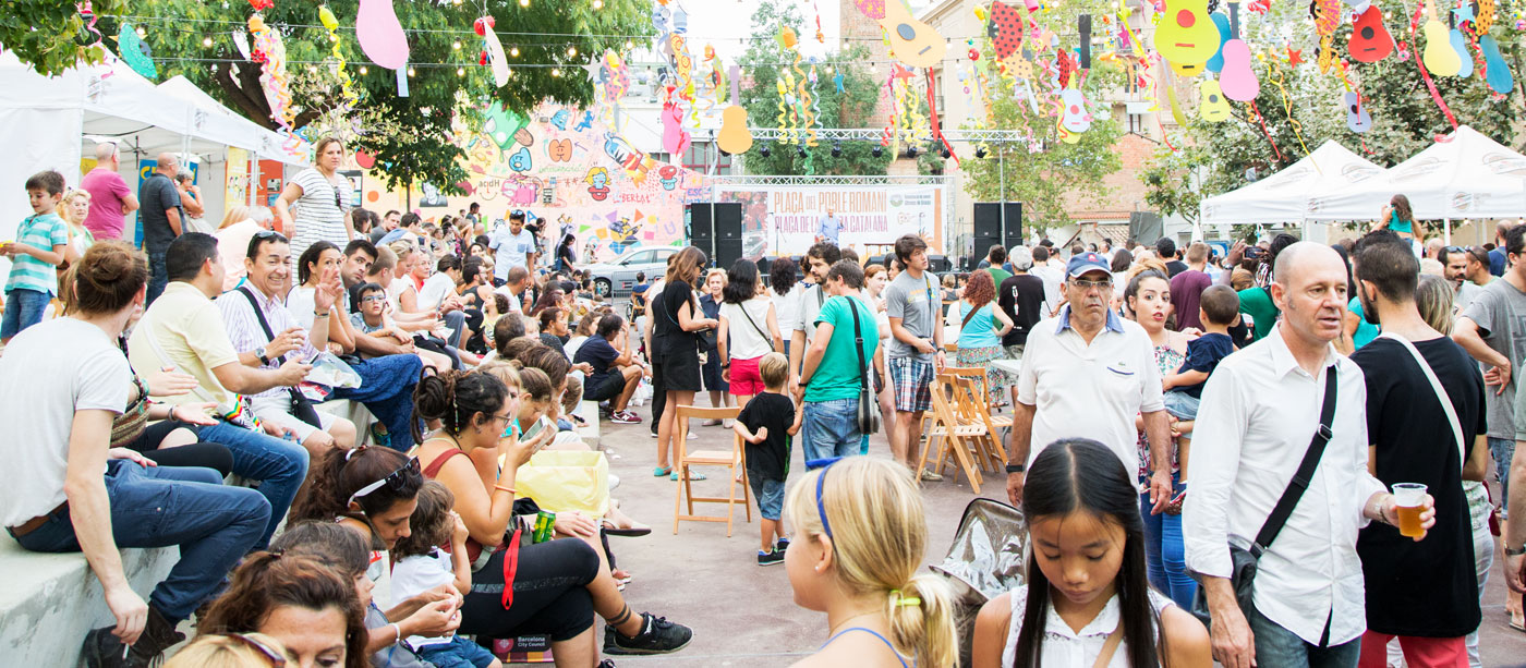 plaza party at the festa major de gracia