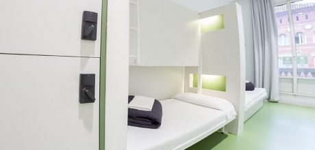 2-bed private - rock palace hostel barcelona