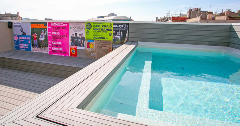 roof-top pool - rock palace hostel barcelona