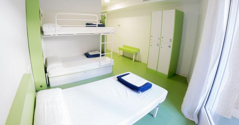 3-bed dorm - sagrada familia hostel barcelona - banner