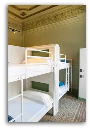Sant-Jordi-Hostel-Rock-Palace-description-page_top_opt2