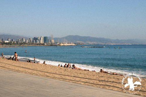 barcelona-nude-beaches-03