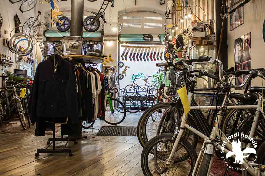 best_barcelona_bike_shop_in_004