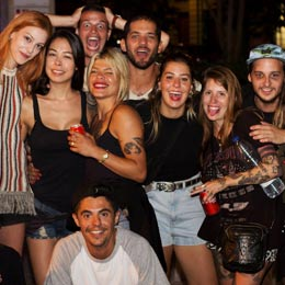 alberg/lluria hostel barcelona - homepage button