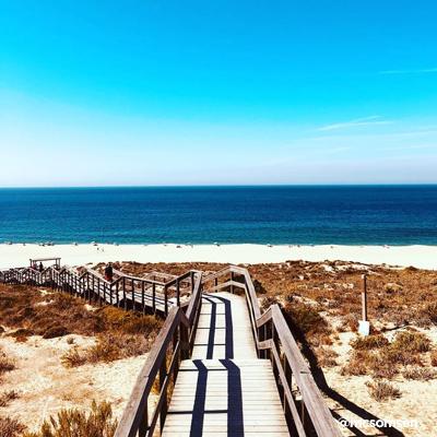nude_beach_lisbon_15